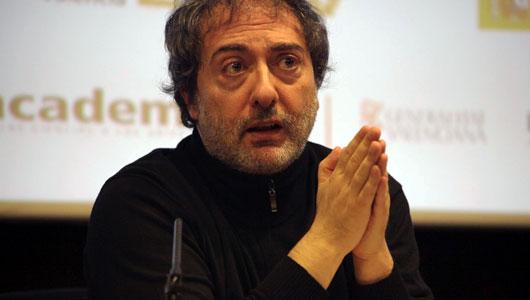 """Pablo Olivares, guionista de la serie """"Isabel"""""""
